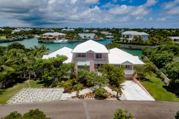 Central Eleuthera Vacation Homes